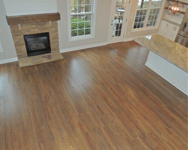 Southern Floor Designs- natural color hardwood oak floor